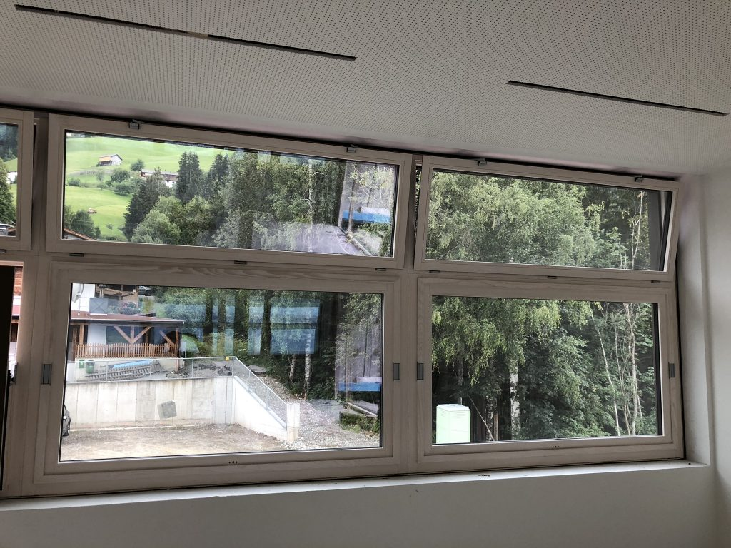 Schule Hall in Tirol